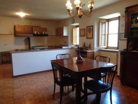 Cucina e salapranzo - Kitchen and dining area