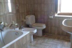 Il bagno - The bathroom -