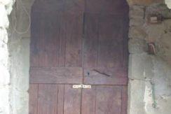 La porta della cantina - The cellar door